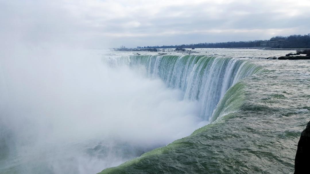 Brink of Horseshoe Falls in Niagara Falls, Ontario