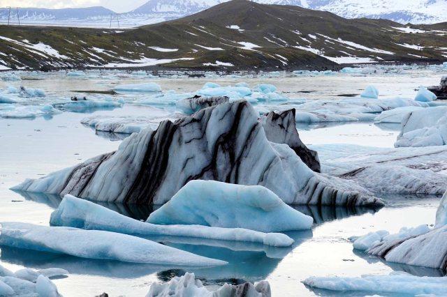 Icebergs in the Jokulsarlon glacial lagoon in Iceland